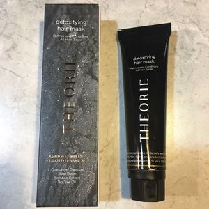 🆕 THEORIE HAIR CARE Detoxifying Hair Mask